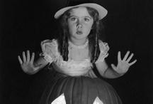 Trick or treat! Vintage Halloween / by Lisa Harvey