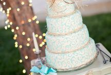 wedding cakes / by Samantha Long