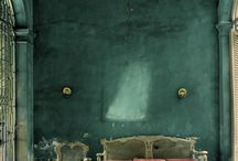 Have A Seat / by Lucee Arvanitis-Santini