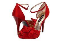 Bridal Shoes / by Renata Jones