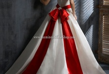 say yes to the dress / by Karen Vynckier-Walker