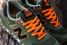 Zapatillas/zapatos / by Alfonso Guit Art