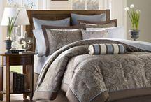 Bedroom ideas / by Kim Steeves