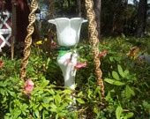 Glass totems on a stake / by Parna Henry