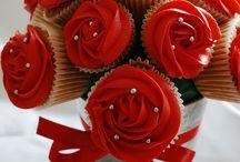 Cupcake bouquet / by Felicia Scurlock