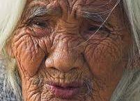 Wrinkles of wisdom / by Betty Thomas