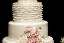Wedding Cakes / Unique / by Sandra Bohn