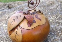 Leaf Gourds / by Rebecca Babcock