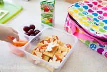 lunch ideas-kiddos / by Desiree Gonzales