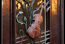 beautiful & unusual doors / by debra gentosi-roberts