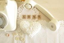 I love white / by Neta Herron