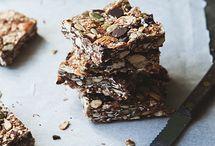 Nom Nom - Brownies, Fudge & Bars / by Pascale De Groof