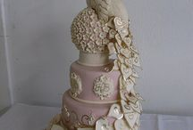 Cool Cakes and Desserts / by Claire Wilson