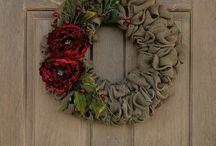 Burlap Wreath Ideas / by Rebecca Lee