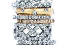 I have an eternity band; I love it!! / by Ann Putney Thompson
