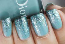 Beautiful Nails / by Linda Ditz