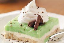 St. Paddy's Day Ideas....Go Green! / by Vikki Lybbert