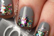 Pretty Painted Nails / by Jen *Craft-O-Maniac