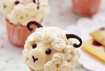 I Love Cupcakes / by Bonnie Hartshorn