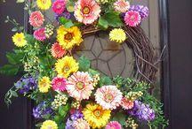Wreaths / by Wendy Wyatt