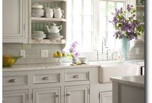 kitchen remodel / by Kara Queer