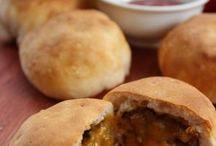 Football foods / by Courtney Gayoso
