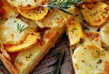 Thanksgiving Dinner Ideas / by Amanda Chapman