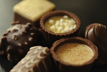 Sweets / by Aglaia Semenko