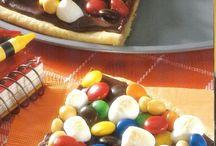 Yummy Desserts / by Olga Diaz-Potter