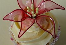 RECIPES - CAKE DECORATING TUTORIALS / by Phyllis Jones