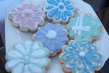 My Cake Creations.  / Yup, I made them all. An edible creative outlet. / by Elaine McCulloch