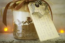 Gifts in a Jar / by Southern Savers - Jenny