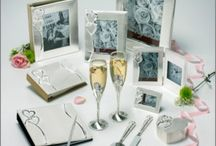 Things Engraved Wedding Pins / Wedding collections, favours, & gifts ideas. / by ThingsEngraved