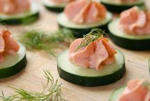 Recipes - hors d'oeuvres / by Naomi Gunnis