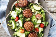 Salads / by Jessica Janzen