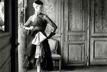 Vintage Dresses / by Harpa