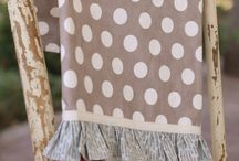 home accessories / by Samantha Foxe