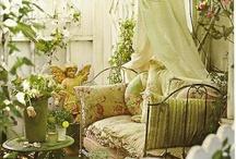 Perfect Porches / by Julie Faircloth