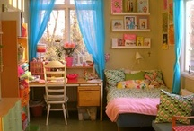 Sweet Girly Bedrooms / by Analise Sledd