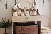 Decorative Storage / by Edwina Richardson