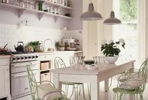 home interiors / by Courtney Louise
