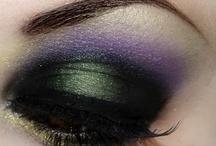 Make Up  / by Mia V.Staksá