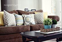 Living room / by Dawn Tremblay Cullinan