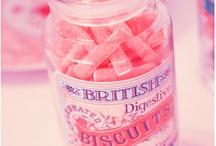 Sweet Dreams / Guimauves, bonbons gélifiés, nougats, caramels, les bonbons, on ne peut s'en priver !  #bonbons #friandises #enfants #sucreries http://www.750g.com/recettes_bonbons.htm / by 750 Grammes