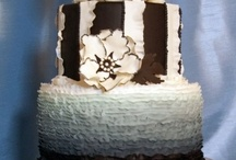 Black and White Cakes / by Diane Hull