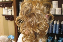 Hair and Makeup : How to, Tips, and Just Pretty  / by Megan Crees