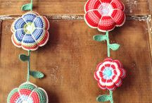 crochet: decor / by Mika Hillery