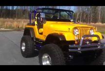 Jeeps / by Fred Info