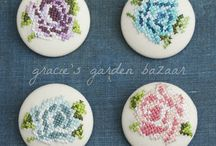 DIY Brooches / by Dalene Visser