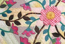 Applique Quilts / Quilts and patterns / by Tinna Kolafa